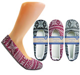 nice, home-shoes with winter-patterns and stopper-sole